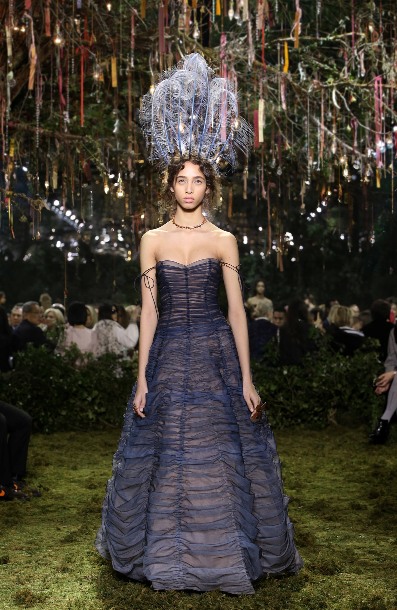 Maria Grazia Chiuri Experiments With Navy Blue for Her Dior FallWinter 2019-18 RTW Line forecasting