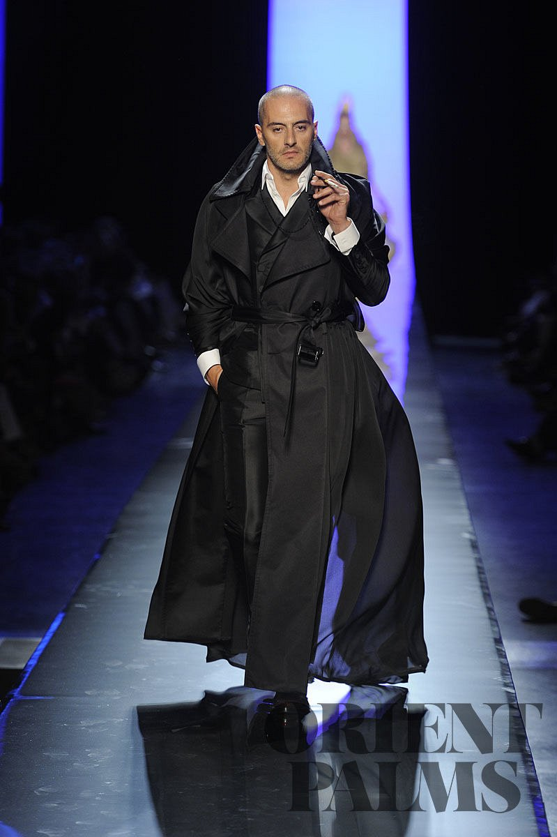 Jean paul gaultier fall winter 2011 2012 haute couture 02 for Haute couture male