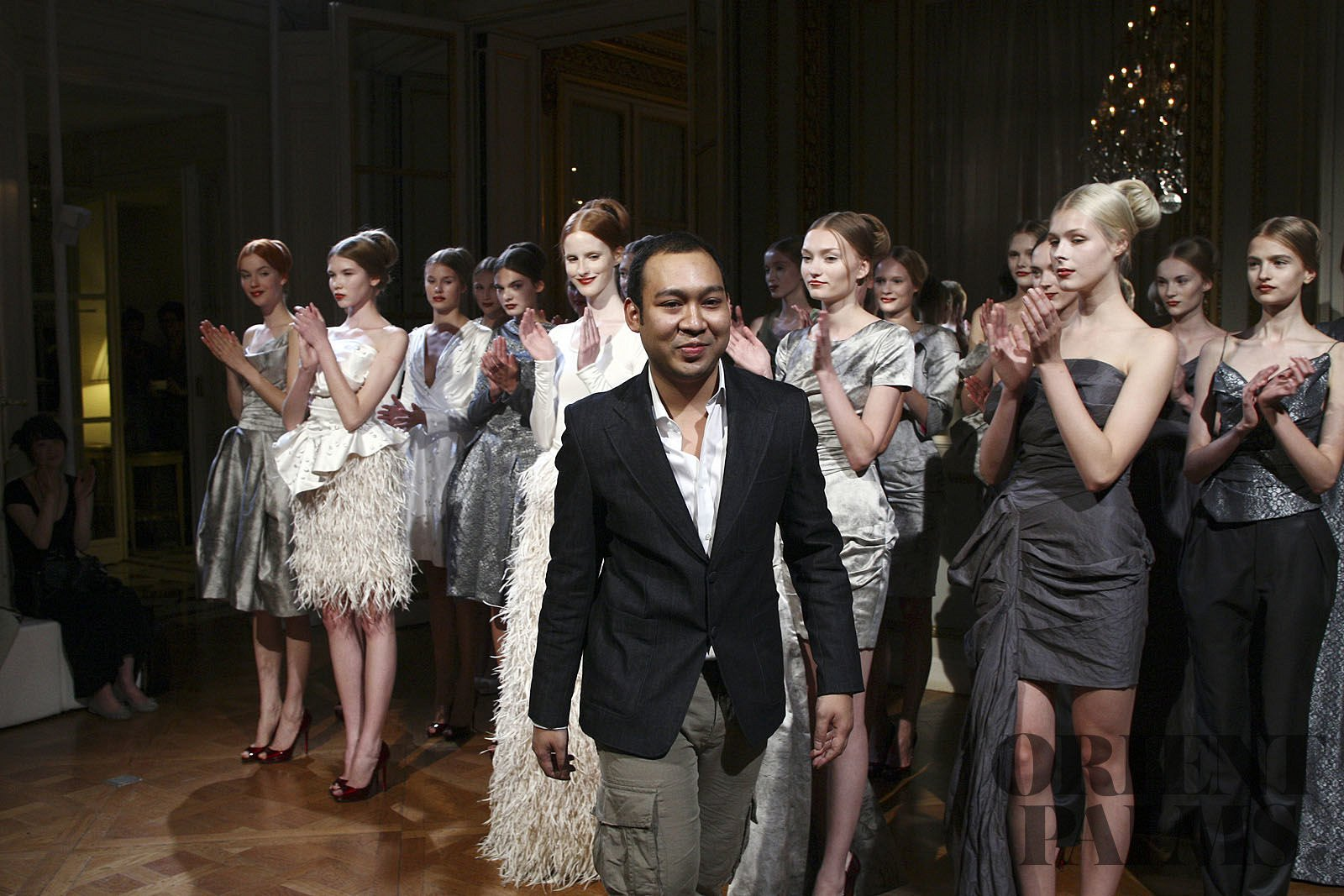 Didit Hediprasetyo Herfst/Winter 2011-2012 - Haute couture - 1