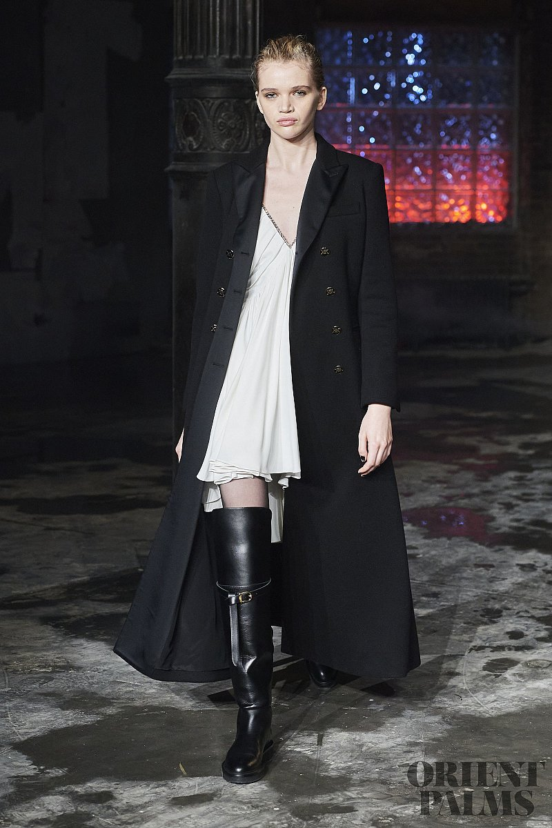 杜嘉班纳 [Long coats] Trends, 2020秋冬/2021 - 成衣系列 - 1
