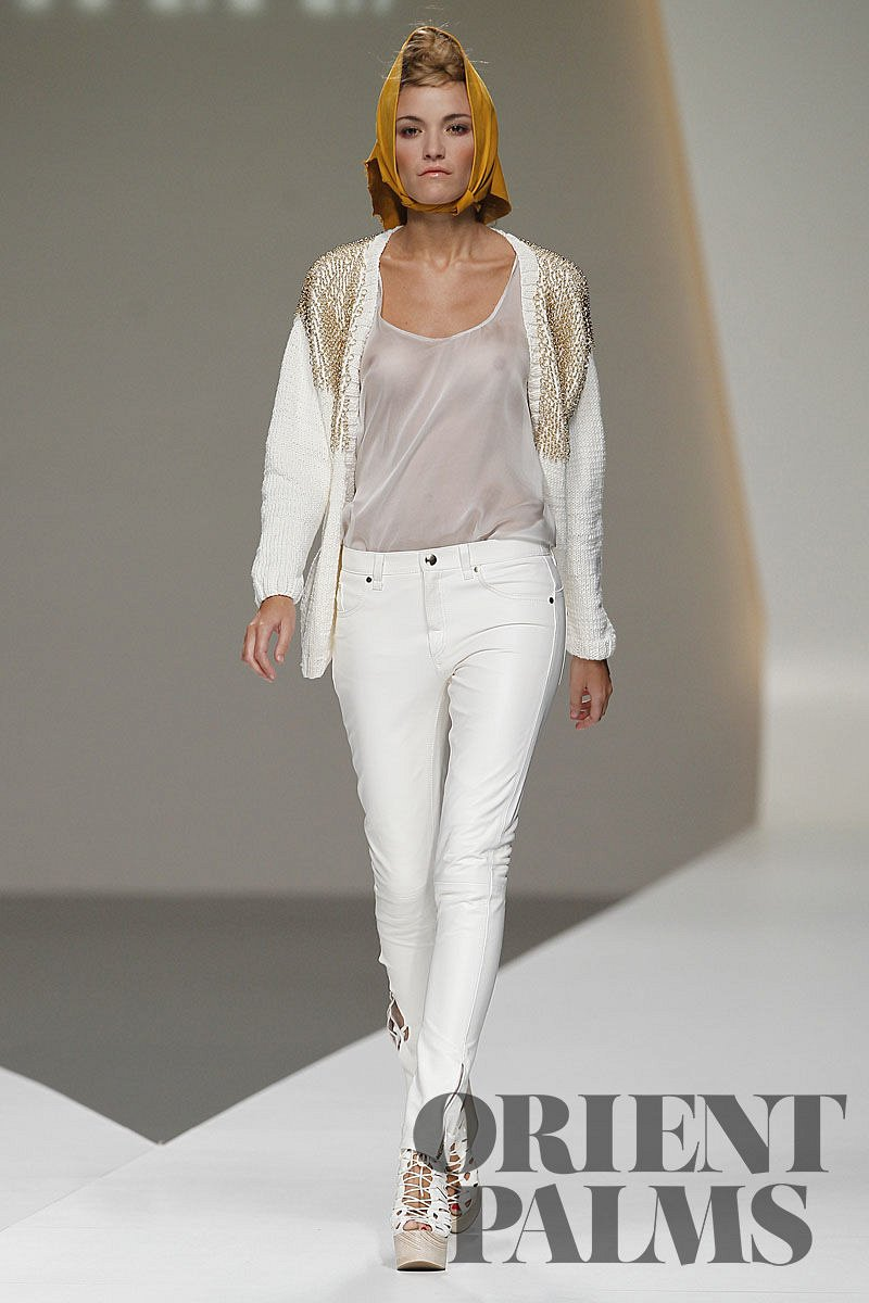 Cati Serrà Spring-summer 2011 - Ready-to-Wear - 1