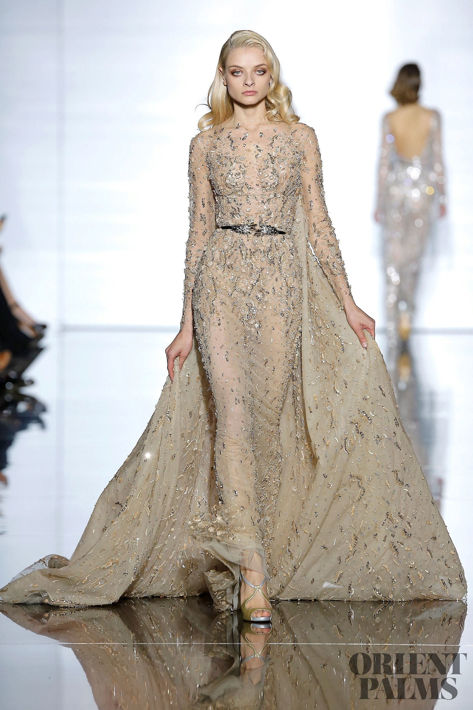 Zuhair murad official pictures spring summer 2015 couture for Haute official