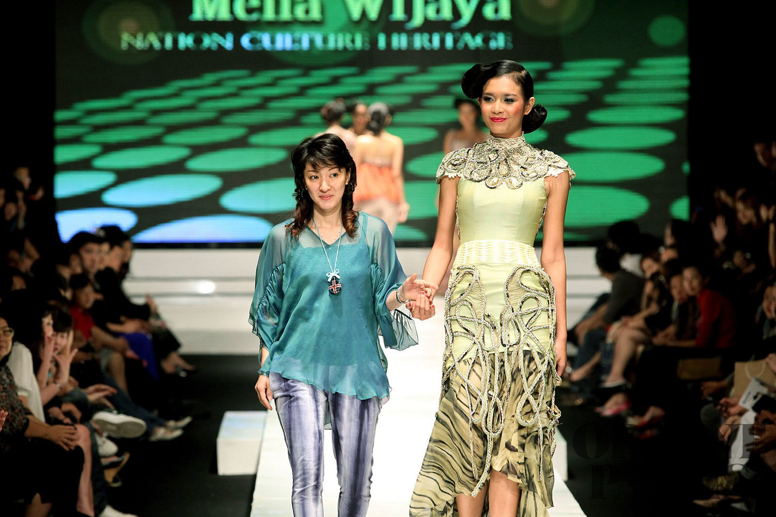 Melia Wijaya Spring-summer 2010 - Ready-to-Wear - 1