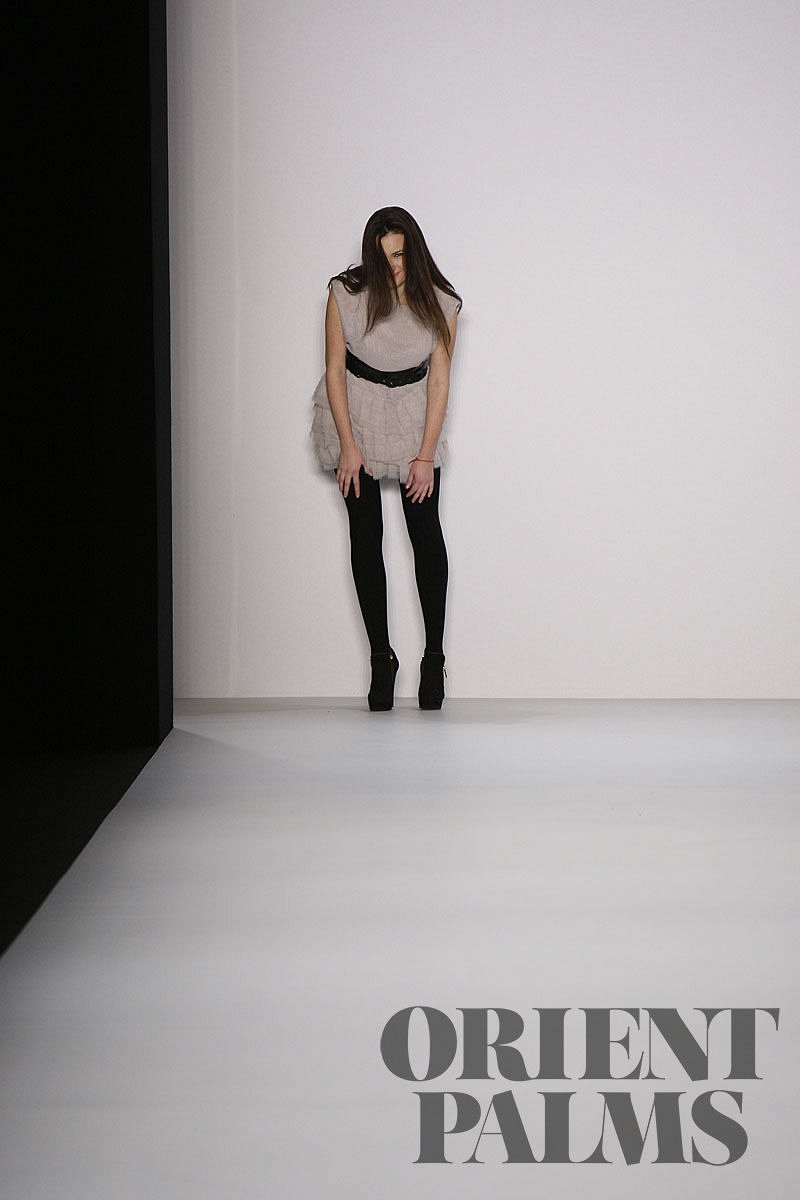 Lever Couture Fall-winter 2011-2012 - Ready-to-Wear - 1