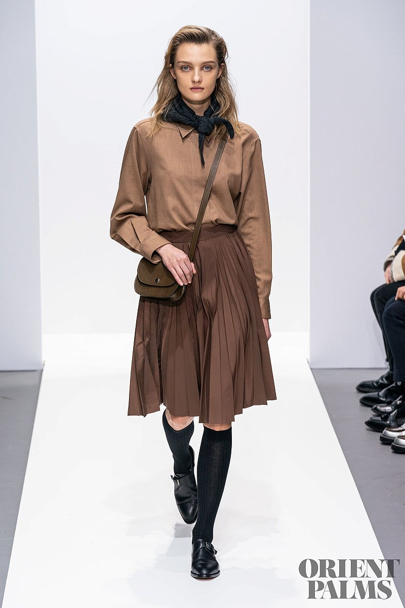 School girl Trends, Fall-winter 2020/2021 - Ready-to-Wear - 11