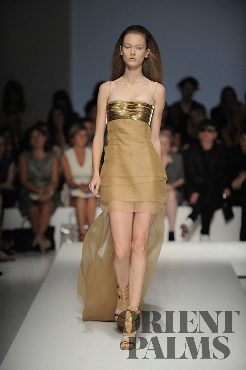 Gianfranco Ferré Spring-summer 2010 - Ready-to-Wear - 1