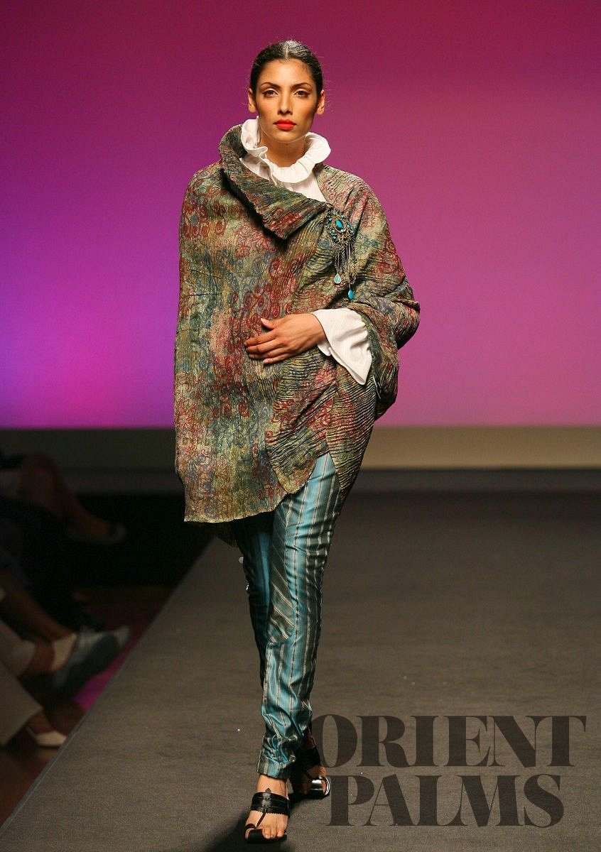 Kiran Uttam Ghosh Herfst/Winter 2006-2007 - Haute couture - 1