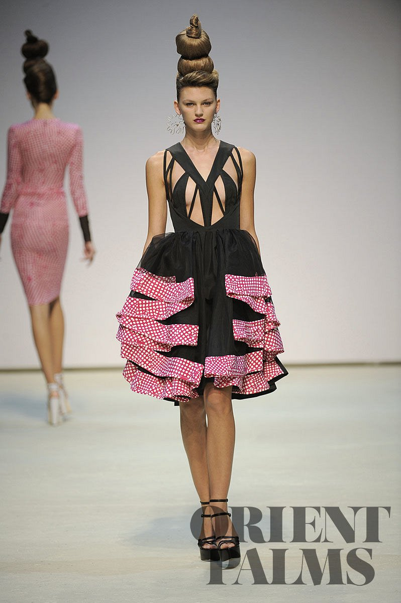 Danielle Scutt Spring-summer 2010 - Ready-to-Wear - 7