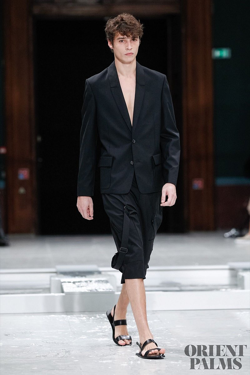 Chalayan Spring-summer 2016 - Ready-to-Wear - 1