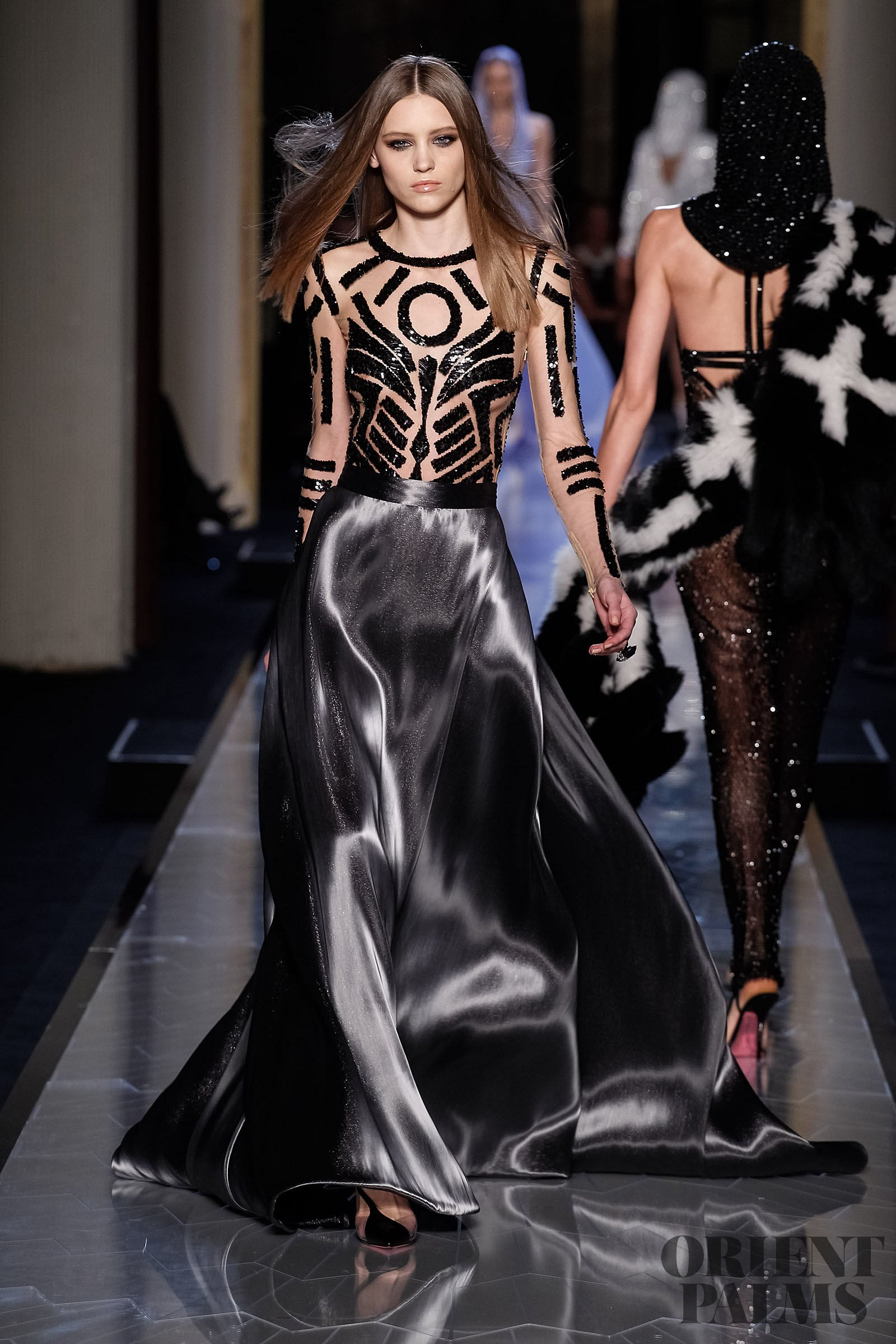Atelier versace spring summer 2014 couture for Haute couture meaning in english