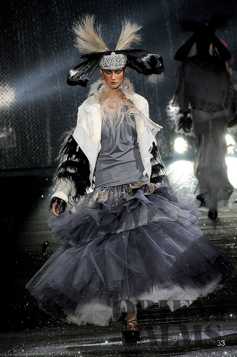 John Galliano Herfst/Winter 2010-2011 - Confectie - 1