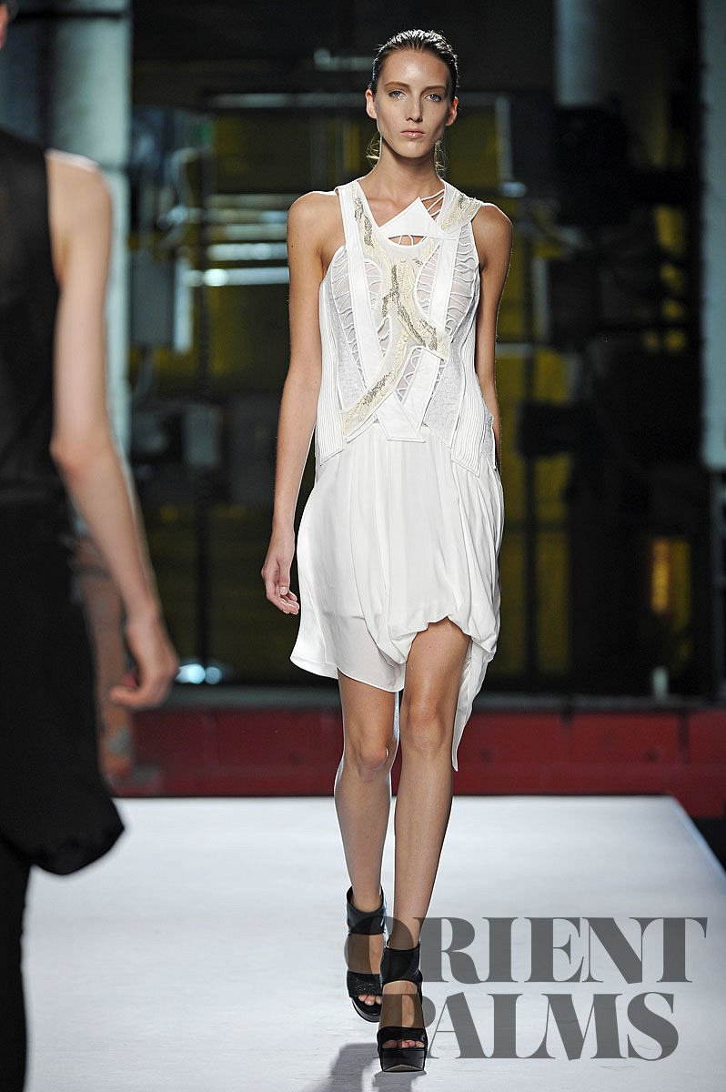 Helmut Lang Spring-summer 2012 - Ready-to-Wear - 1