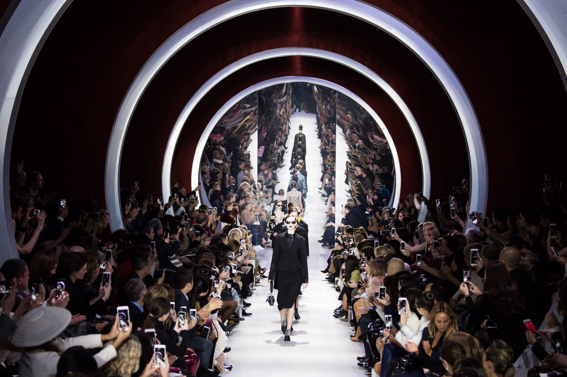 ccfc584d2 Christian Dior Fall-winter 2016-2017 - Ready-to-Wear - 1