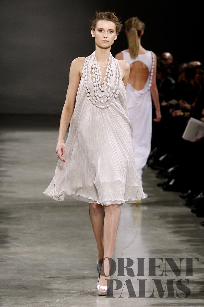 Georges Hobeika Spring-summer 2011 - Couture - 1