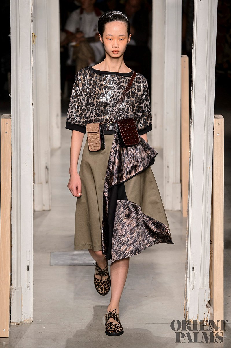 Leopards and snakes strike again Trends, S/S 2019 - Couture - 1